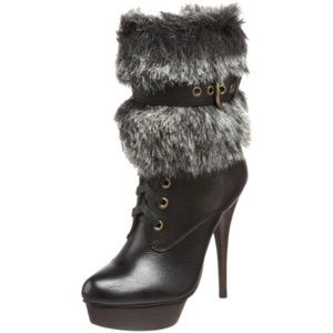 """STEVE MADDEN Black And Gray Fur """"Claus"""" Boots 6.5"""